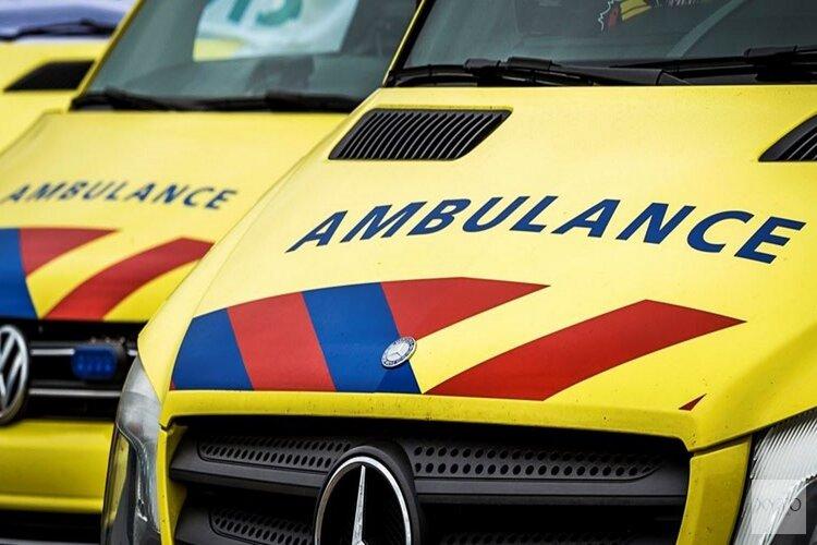 Fietsster geschept door auto in Bergen