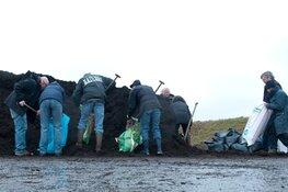 Gratis compost scheppen op de Oosterdijk in Bergen