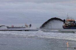 Nieuwe zandbank voor kust van Bergen en Egmond: 2,5 miljoen kuub zand opgespoten
