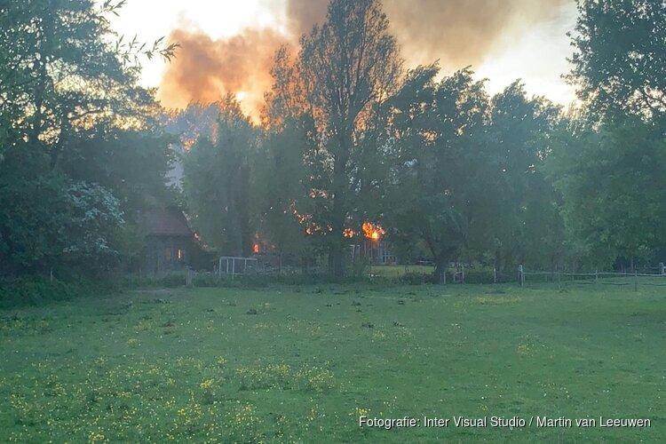 Woningen gespaard gebleven bij schuurbrand in Bergen